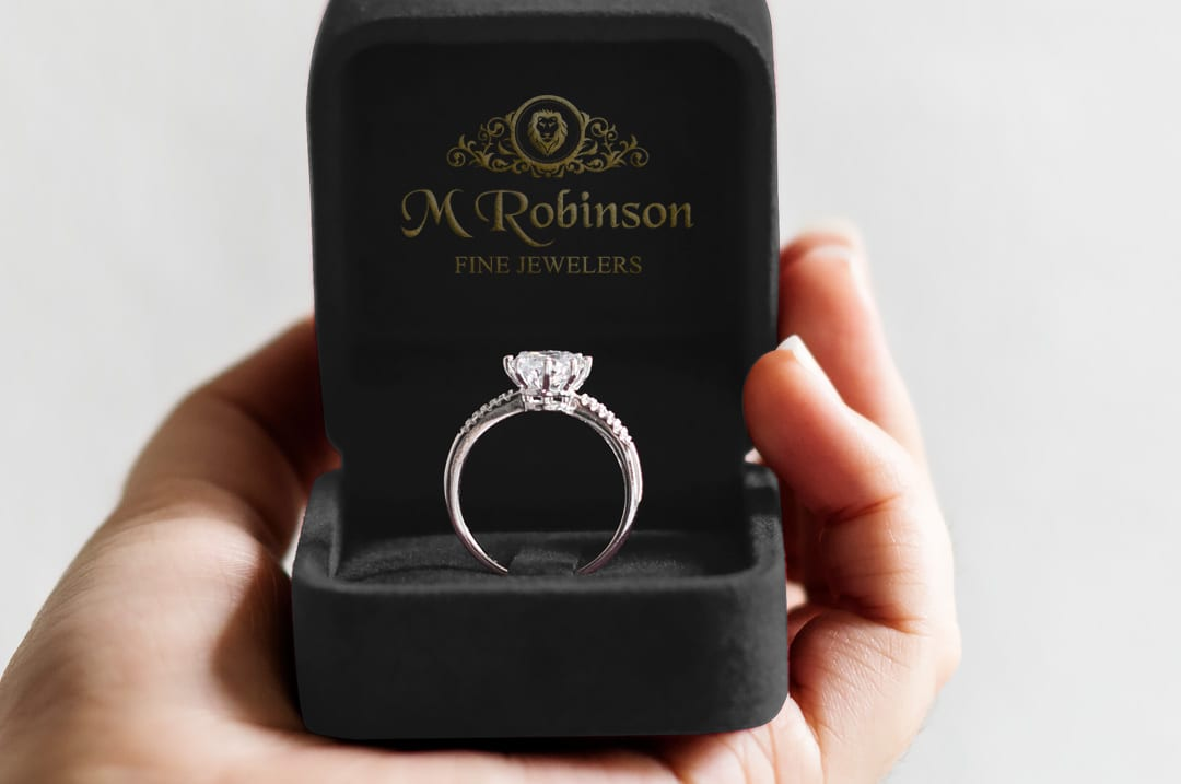 Tips for Buying Diamond Engagement Rings in Austin - M Robinson Fine  Jewelers